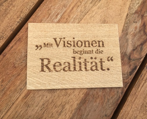 Holzvisionen Akquise-Aktion Step 1 (Postkarte aus Holz))